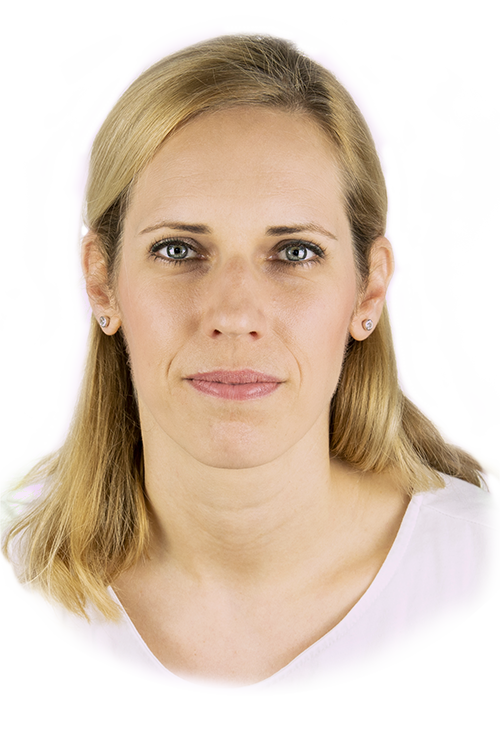 Polgári Edit, Arctorna Arcjóga tréner.